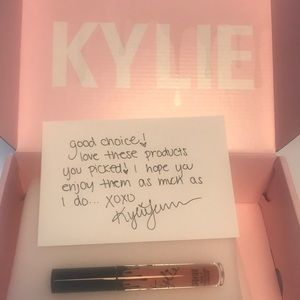 Kylie Cosmetics DIrty Peach Matte Liquid Lipstick